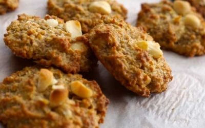 Cookies with Macadamia Nuts